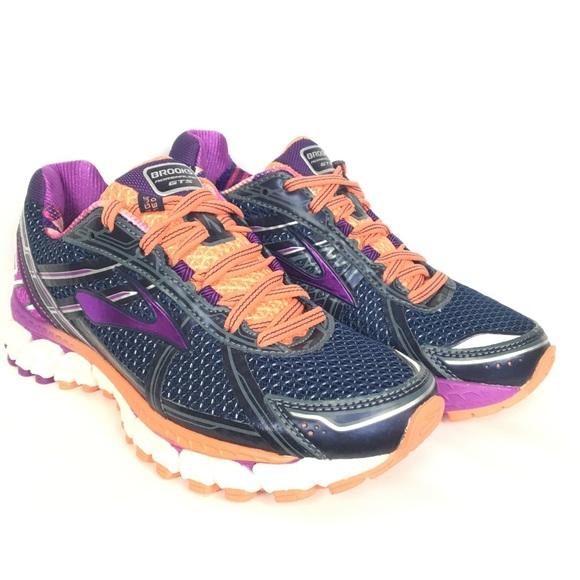 3fe7b120137 Brooks Adrenaline GTS 15 Women Running Shoe Size 6